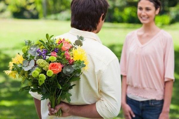 Efecto psicológico de que te regalen flores